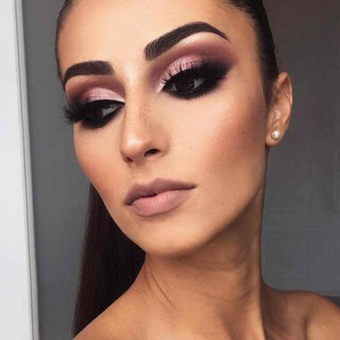 Explore the Mauve Elegance by @tamakeup_ featuring DIPBROW® Pomade - Dark Brownnull
