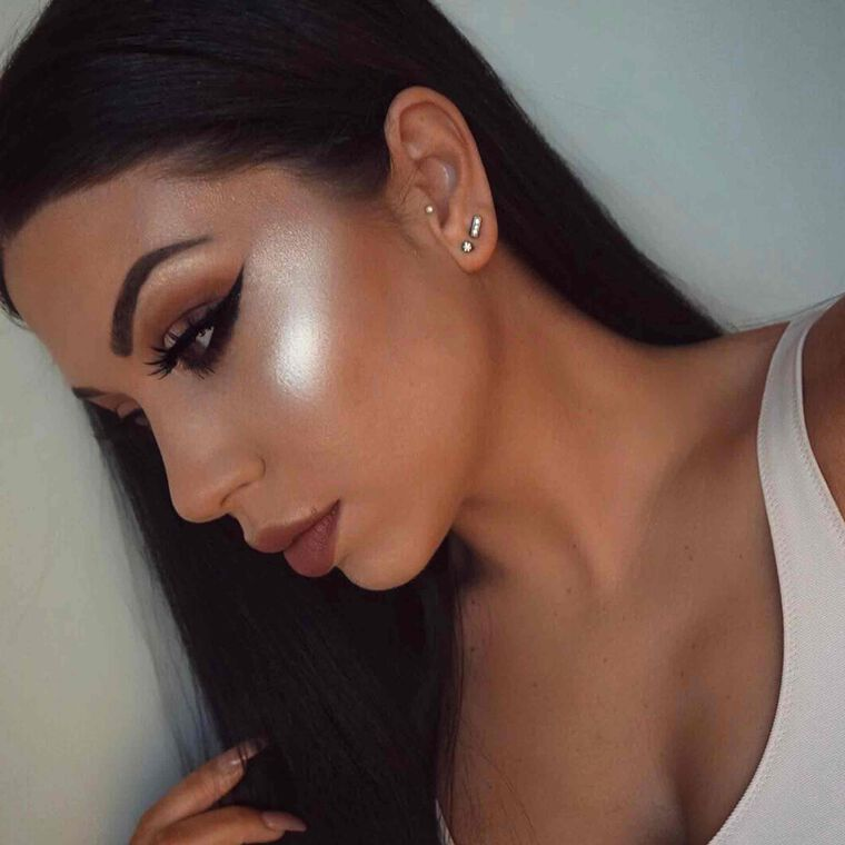 Explore the Beaming by @mkupbychurun featuring Soft Glam Eyeshadow Palette