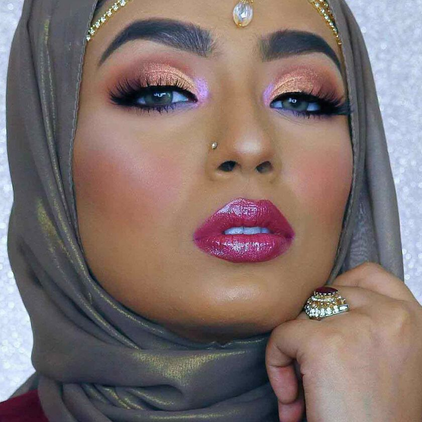 Explore the Dreamy Glamour by @hijabadore featuring Powder Bronzer - Saddle