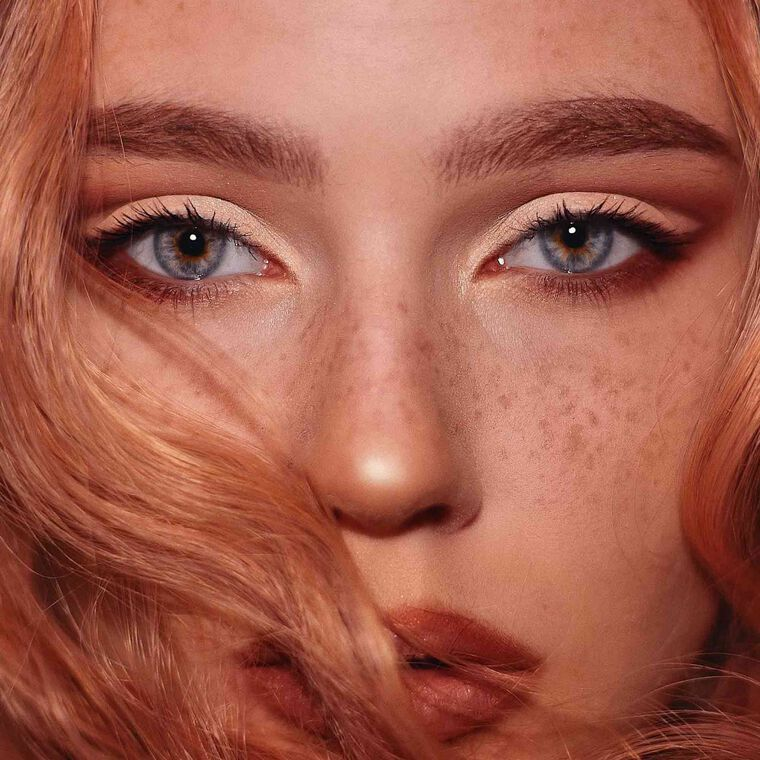Explore the Golden Warmth by @galdens featuring Luminous Foundation - 110C