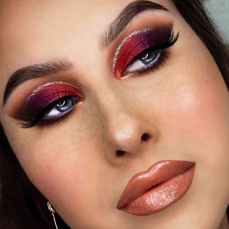 Explore the Fire & Desire by @anavassiljeva featuring DIPBROW® Pomade - Medium Brownnull