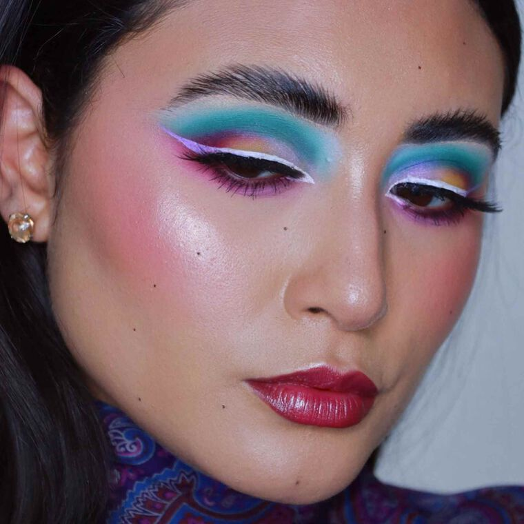 Explore the Ocean Sunset by @reemkenza featuring Alyssa Edwards Palette