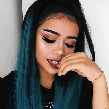 Explore the Natural Flirt by @rosemaniego featuring DIPBROW® Pomade - Granitenull