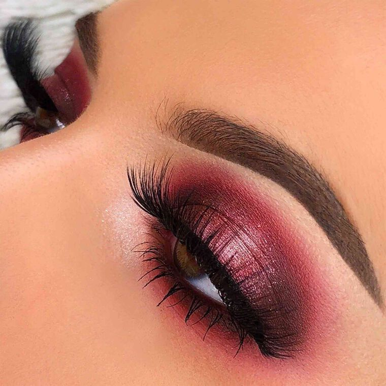 Explore the Pink Halo Eye by @danielleathena featuring DIPBROW® Pomade - Medium Brown