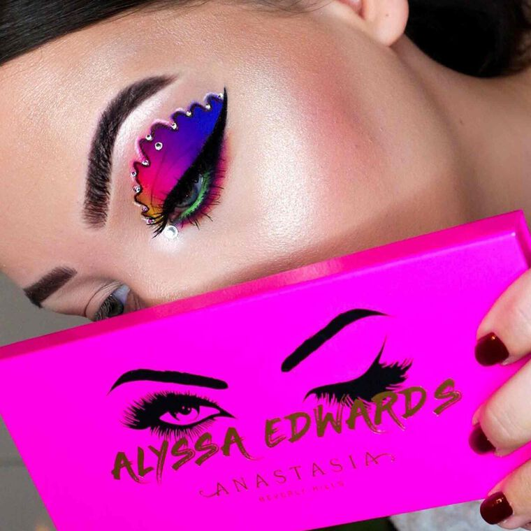Explore the Color Spectrum by @makemeupmissa featuring Alyssa Edwards Palettenull