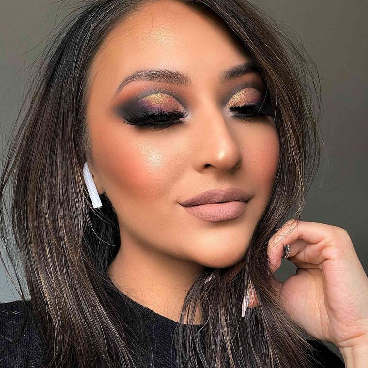 Explore the Shimmer + Smoke by @crystaljsingh featuring Luminous Foundation - 320N