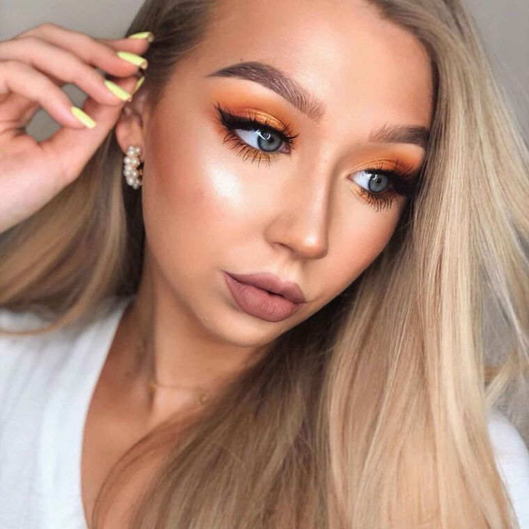 Explore the Summer Glam by @_joanh featuring DIPBROW® Gel - Medium Brownnull