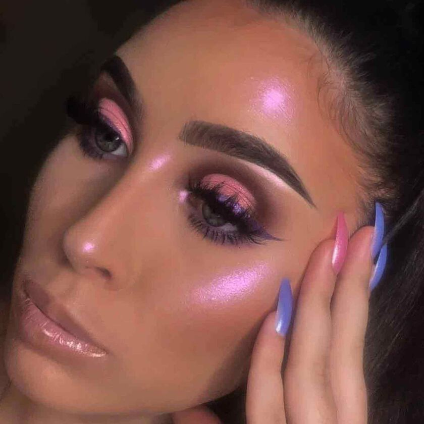 Explore the There You Glow by @hannwillis featuring DIPBROW® Pomade - Granite