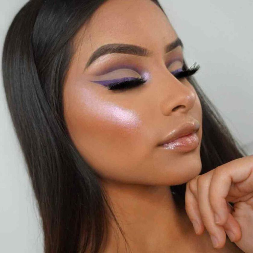Explore the Glisten Up by @tatianavmakeup featuring Dream Glow Kit
