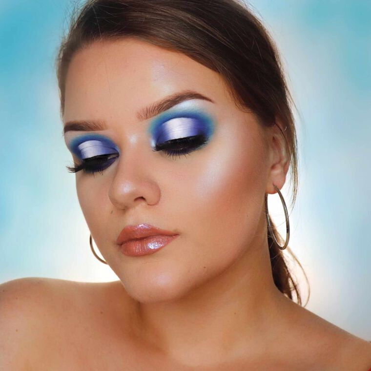 Explore the Blue Haze by @iamclaudiaab featuring Alyssa Edwards Palette