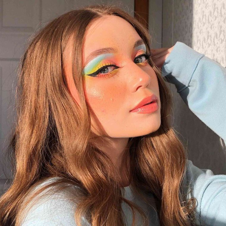 Explore the Tropical Summer Feels by @ktiemrch featuring NORVINA® Pro Pigment Palette Vol. 3