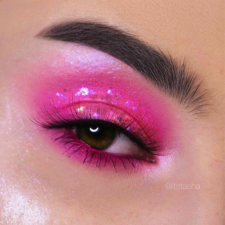 Explore the Pink + Sparkles by @itstasha featuring Brow Wiz® - Dark Brown