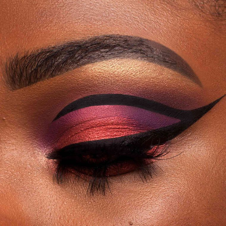 Explore the Eye Goals by @itsjieasa featuring Jackie Aina Palette