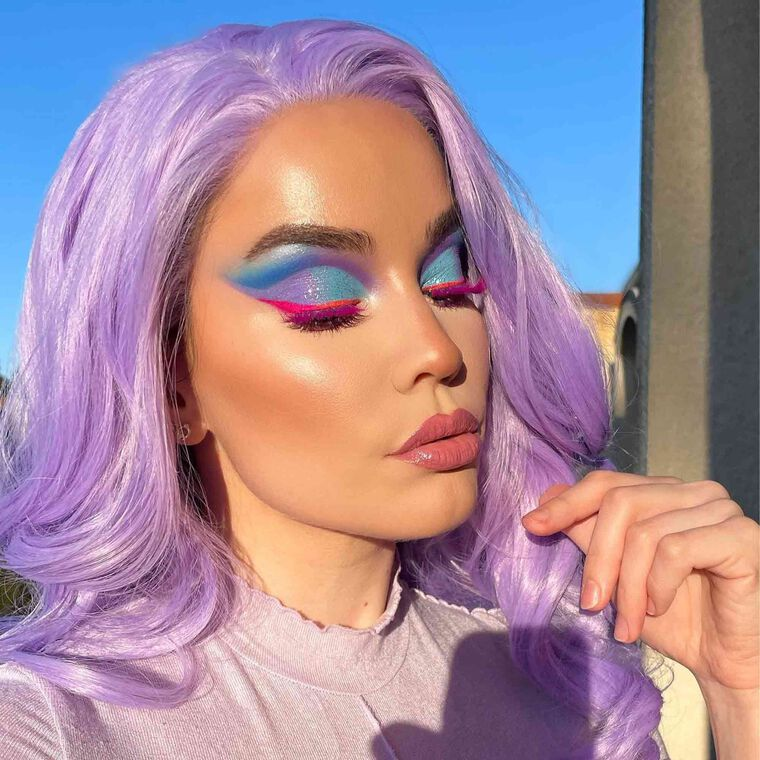Explore the Rare Unicorn Sighting by @pelintekdall featuring Iced Out Highlighter