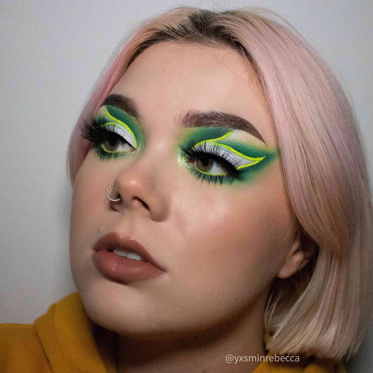 Explore the Green Ivy by @yxsminrebecca featuring Luminous Foundation - 120W