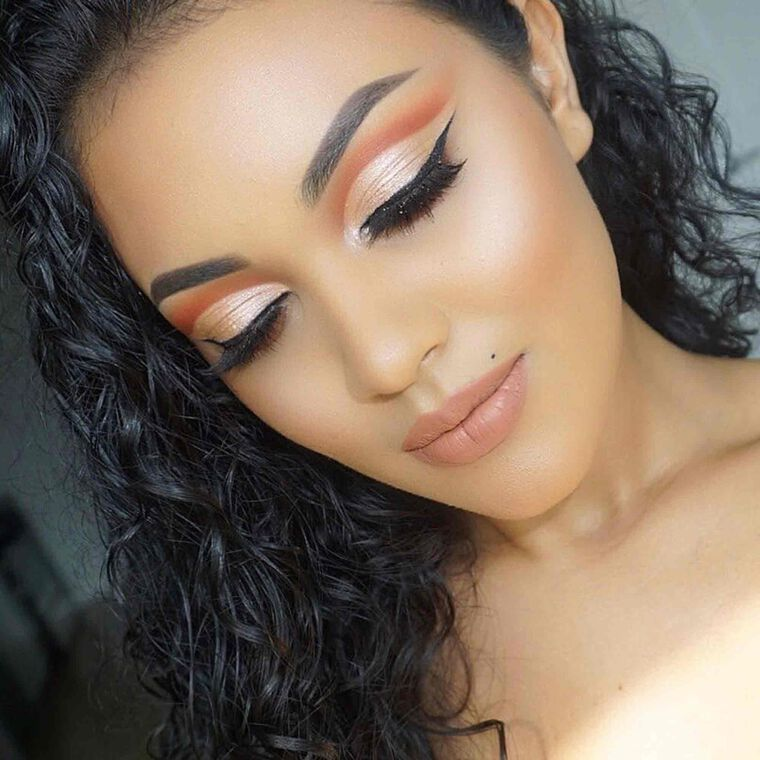 Explore the Warm Nudes by @beautybylateesha featuring DIPBROW® Pomade - Chocolate