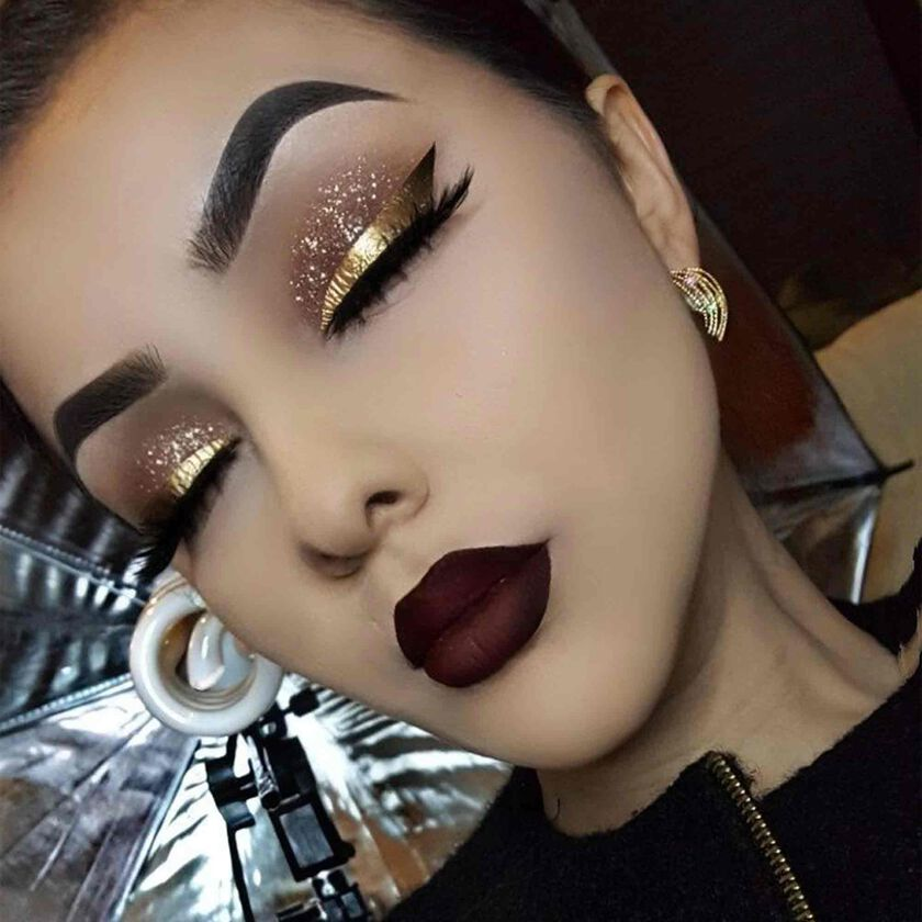 Explore the Holiday Glam by @cela_bel featuring DIPBROW® Pomade - Ash Brown