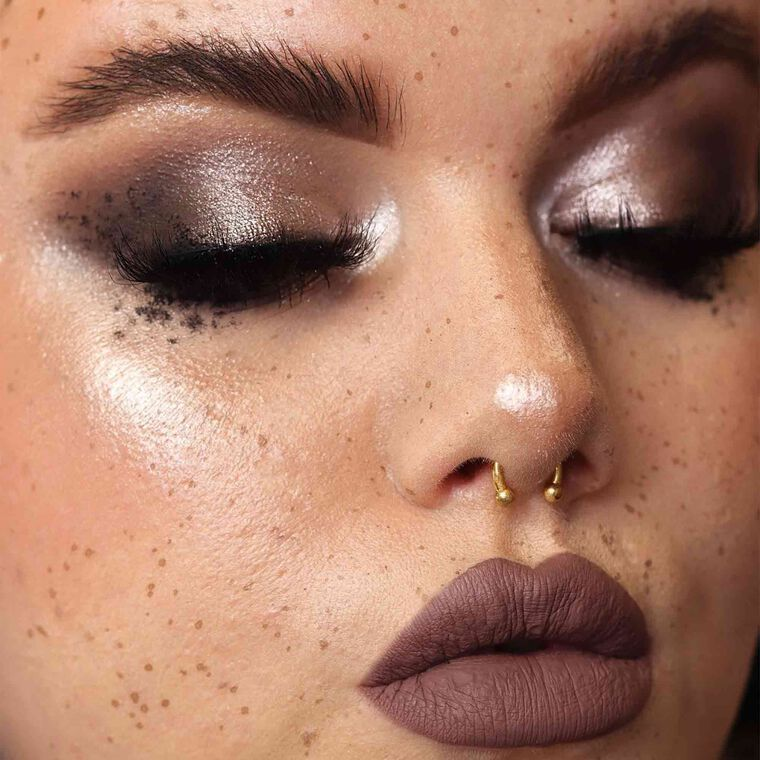 Explore the Cool Toned by @lipsonfire featuring Luminous Foundation - 200W