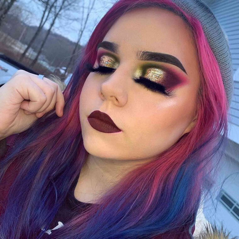 Explore the Dark Holiday by @lys_glitz featuring NORVINA® Pro Pigment Palette Vol. 2