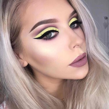 Explore the Vibrant Contrast by @lenkalul featuring Prism Eye Shadow Palettenull
