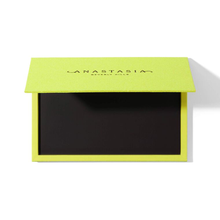 Limited-Edition Magnetic Case - Yellow