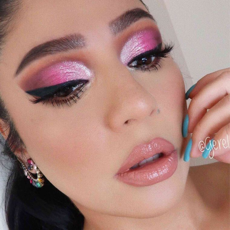 Explore the Pink Please by @gerel_matta featuring Amrezy Palette