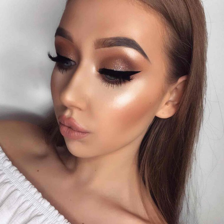 Explore the Goddess by @_joanh featuring DIPBROW® Pomade - Chocolatenull