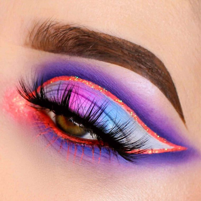 Explore the Neon Spotlight by @her_riot featuring DIPBROW® Pomade - Medium Brown