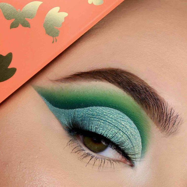 Explore the Go Green by @saymaa66 featuring NORVINA® Pro Pigment Palette Vol. 3