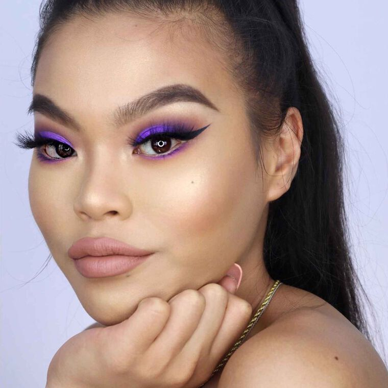 Explore the Purple Pop by @zeezyxbeauty featuring Alyssa Edwards Palettenull