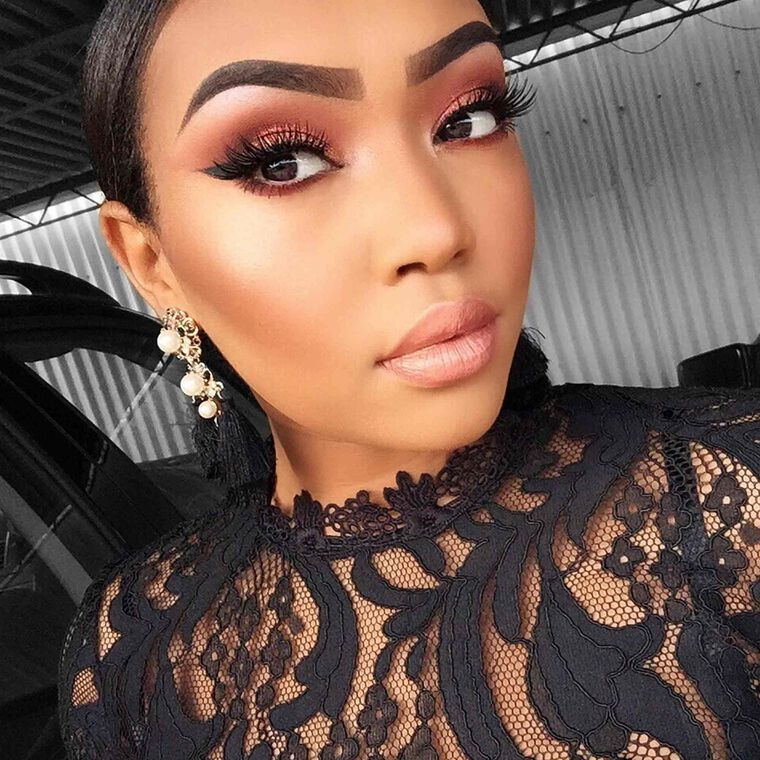 Explore the Night Out by @elenitekeste featuring DIPBROW® Pomade - Ebony