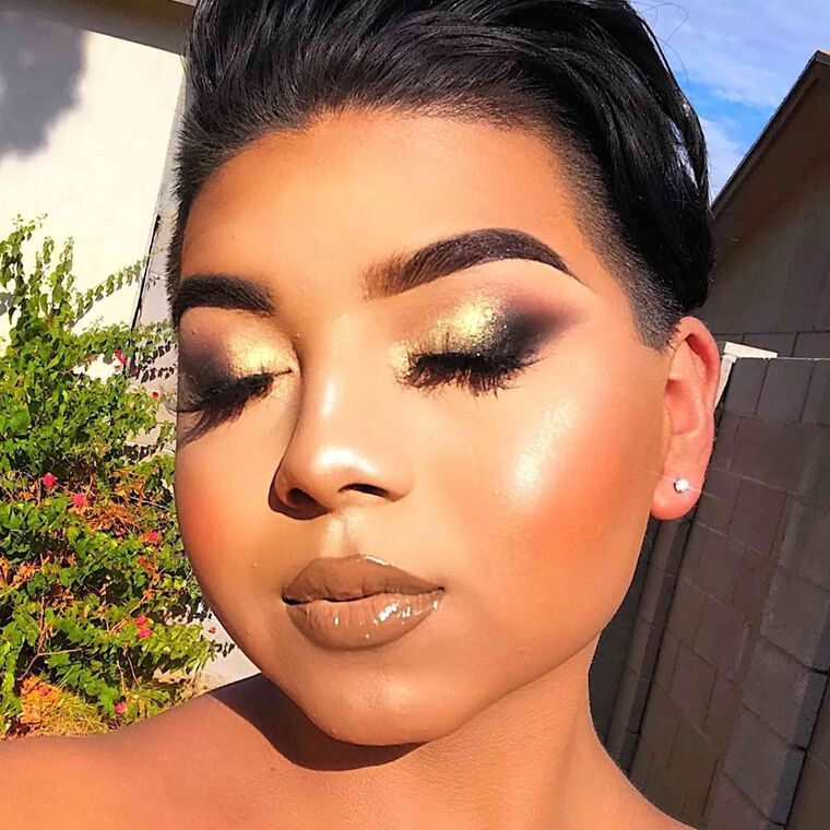 Explore the Sun Babe by @juliansmylife featuring Brow Wiz® - Dark Brown