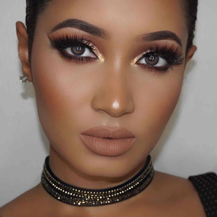 Explore the Golden Mama by @annybeeutee featuring Brow Wiz® - Dark Brown
