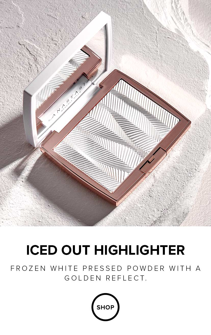 Iced Out Highlighter - Frozen White Powder with Golden Reflect