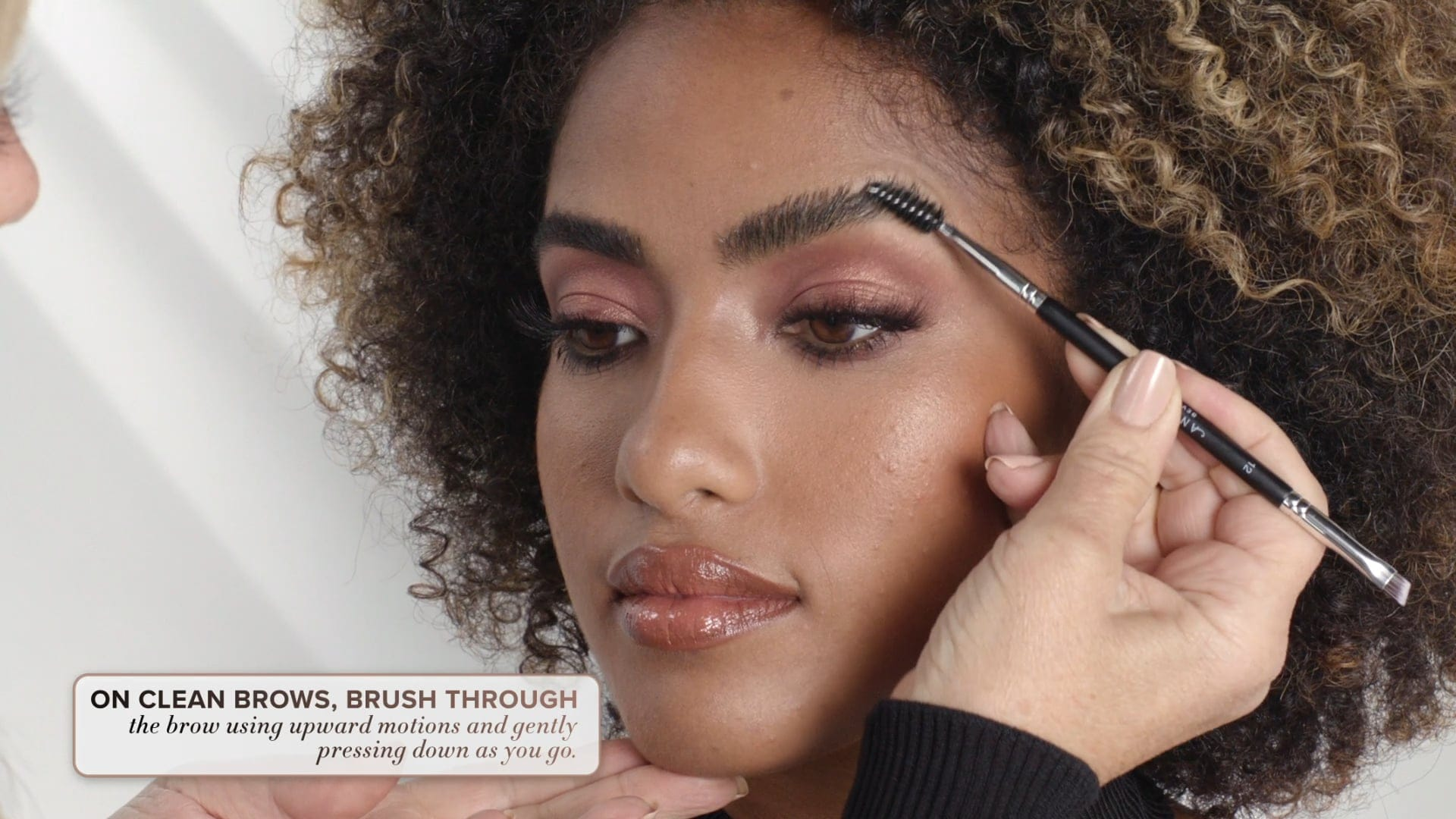 Brow Freeze - How To Apply