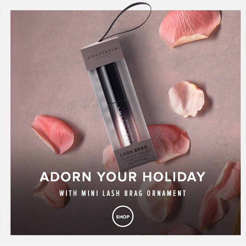Lash Brag Ornament - Adorn your holiday